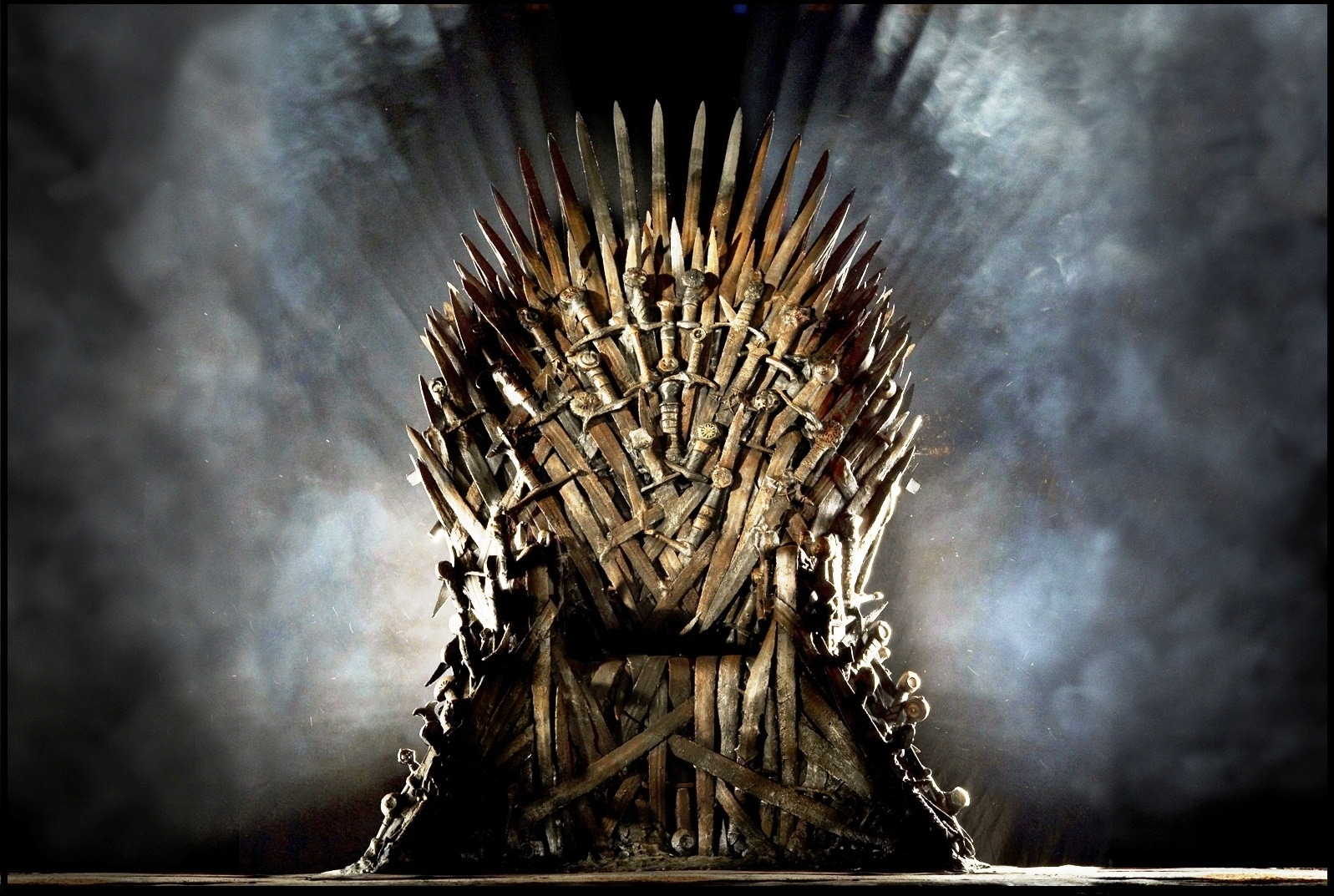Game-of-thrones-iron-throne_7876